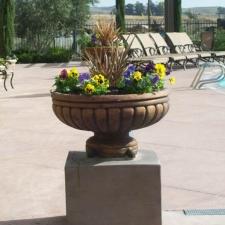 gallery-urn